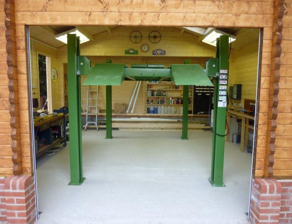 The ideal timber garage for the classic car enthusiast