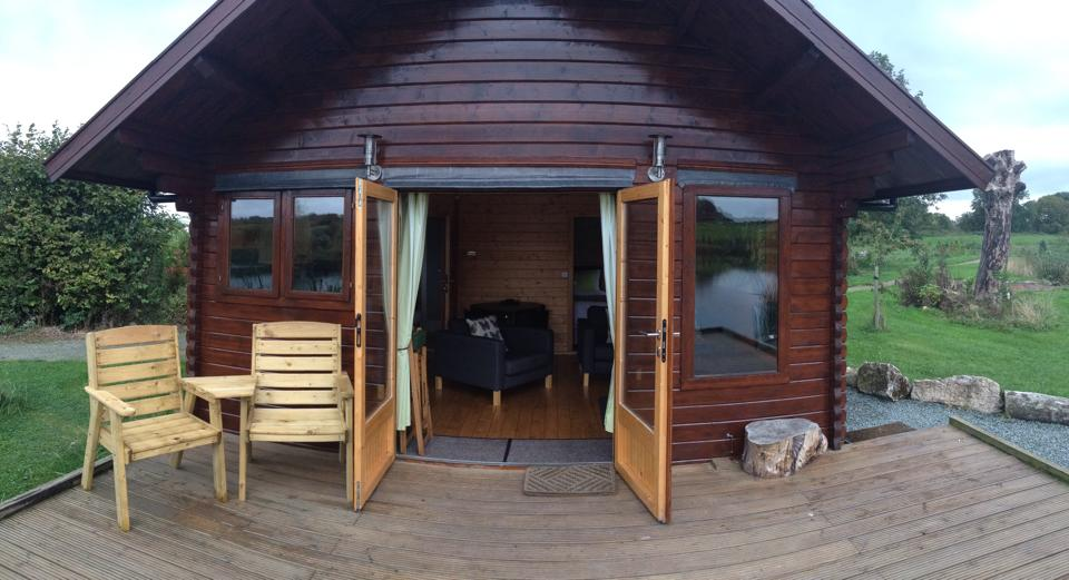 Fishing log cabins from Keops
