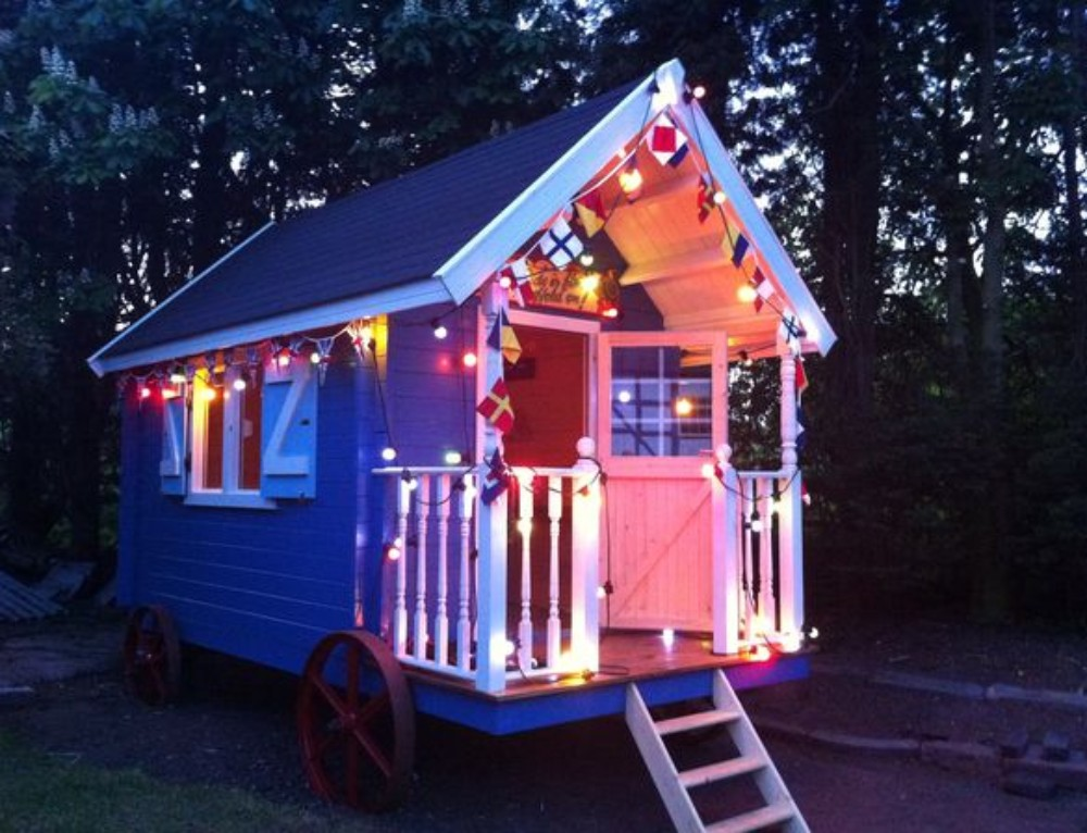 Vote for 'Bostin Betty' in the Shed of the Year Competition 2012