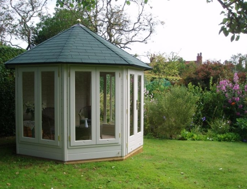 Enjoy your garden whatever the weather! – the Lugarde Tessa summerhouse