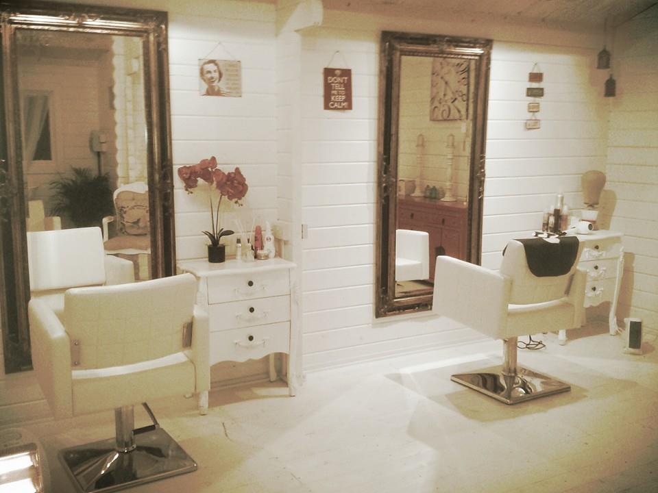 A New Log Cabin Hair Salon For Hummingbird Hair Keops