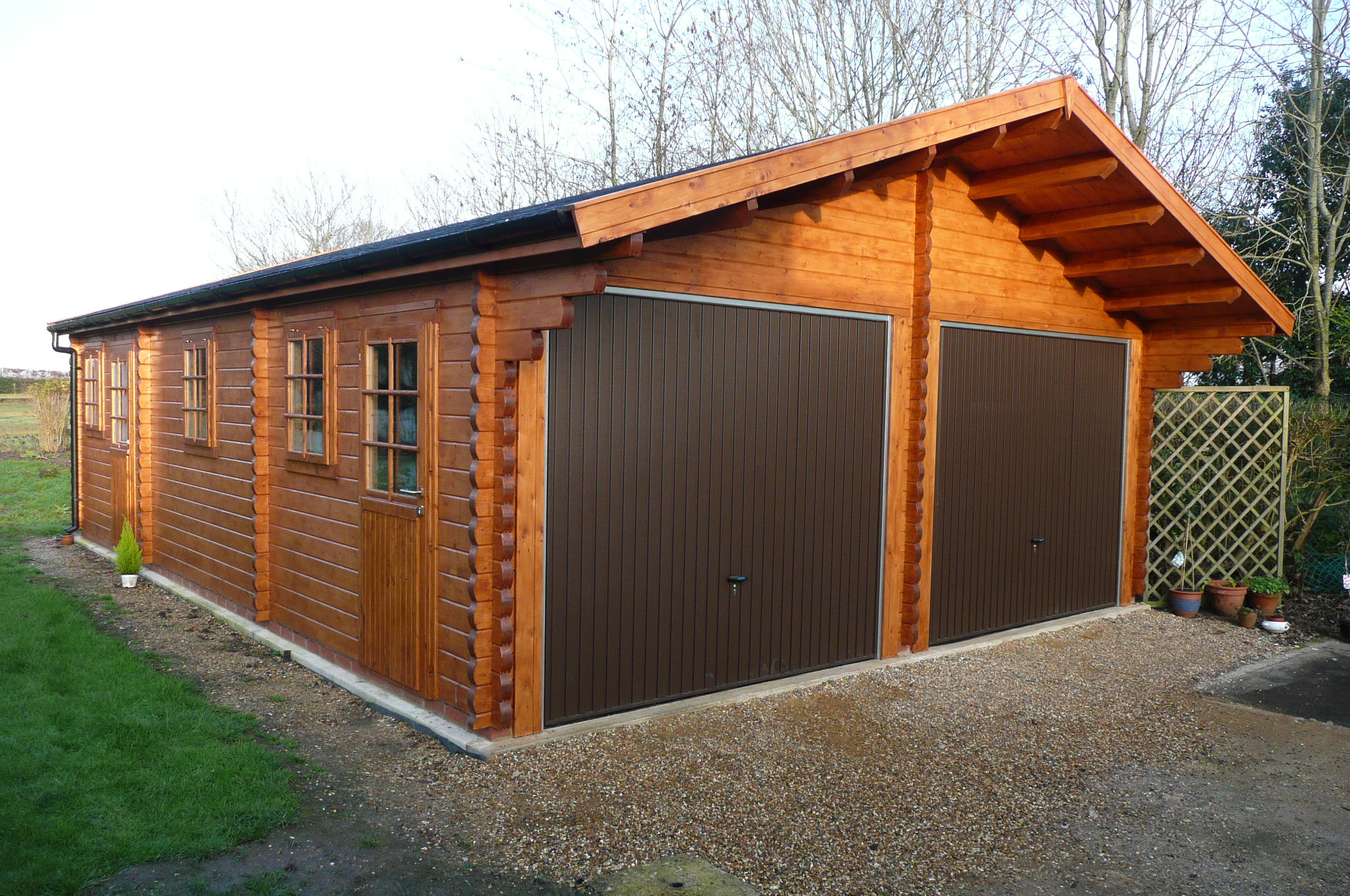 Mr c 39 s classic garage 6m x 9m keops interlock log cabins for Garage cabins
