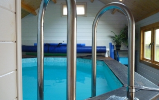 Tim & Caroline's Pool Cabin