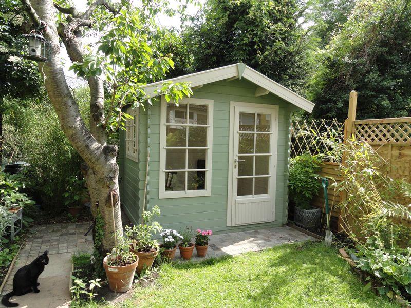 The finished summerhouse