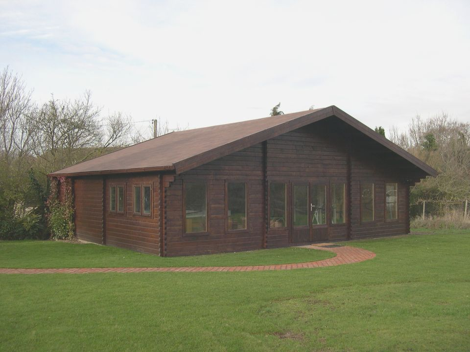 Mr Pavitt's Classic log cabin