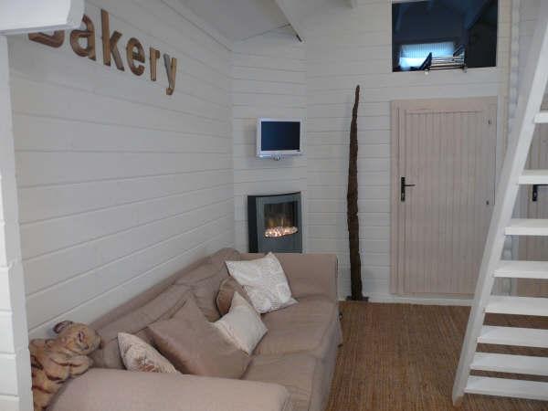 Classic cabin with loft