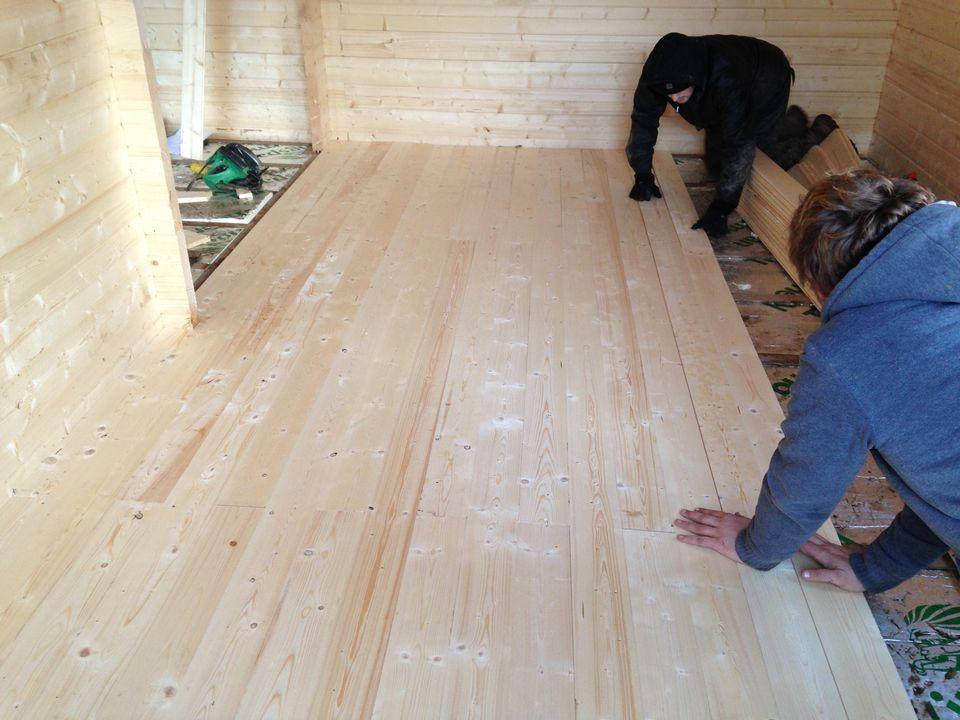 19mm pine tongue & groove floor boards