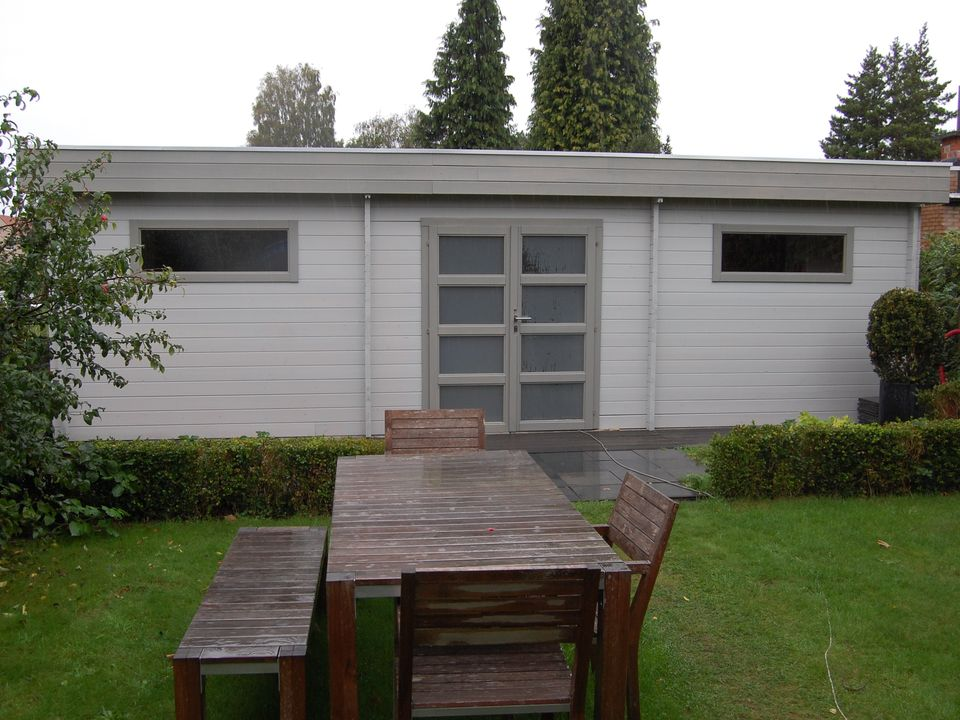 Crawley Keops Moderna flat roof log cabin