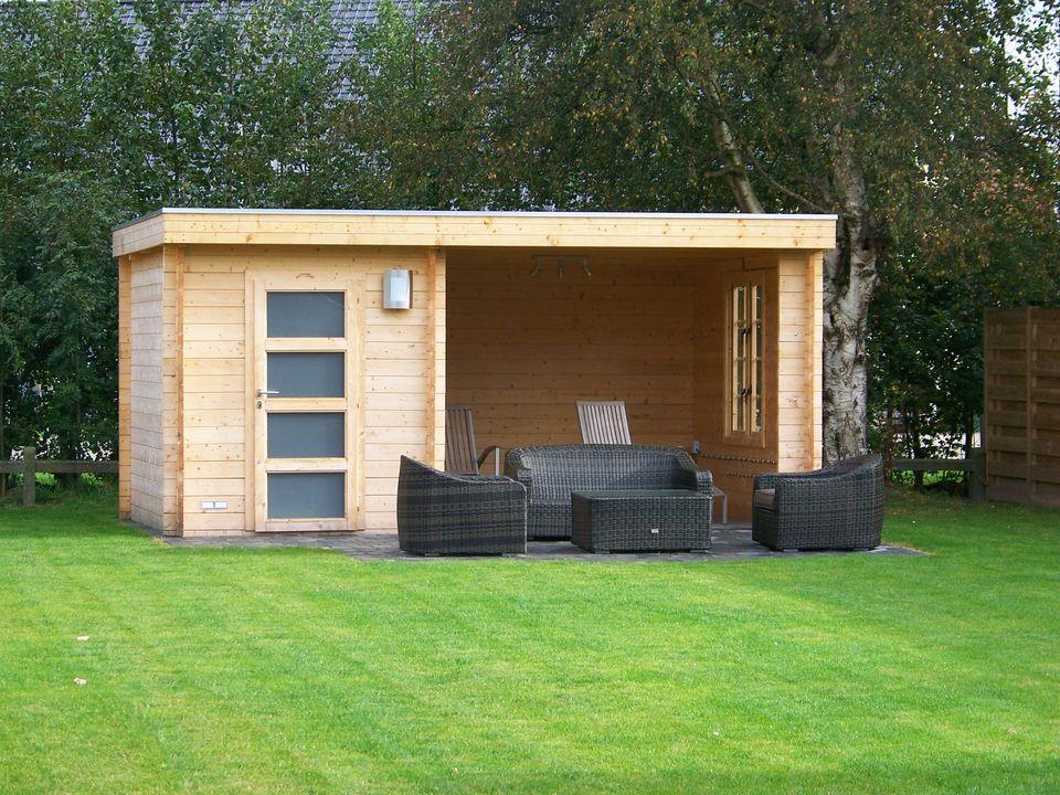 Dawson Keops Moderna flat roof log cabin