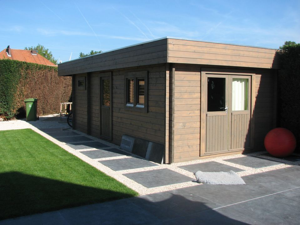 Dicken Keops Moderna flat roof log cabin