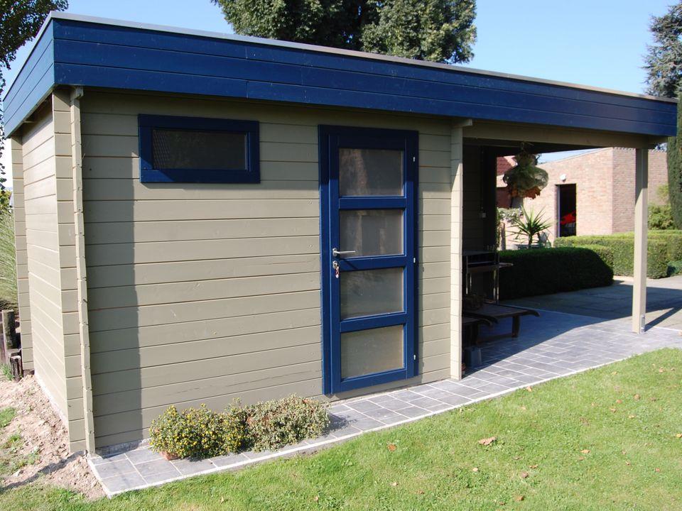 Drake Keops Moderna flat roof log cabin