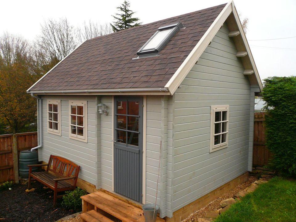 Edmunds Keops Cottage steep roof log cabin