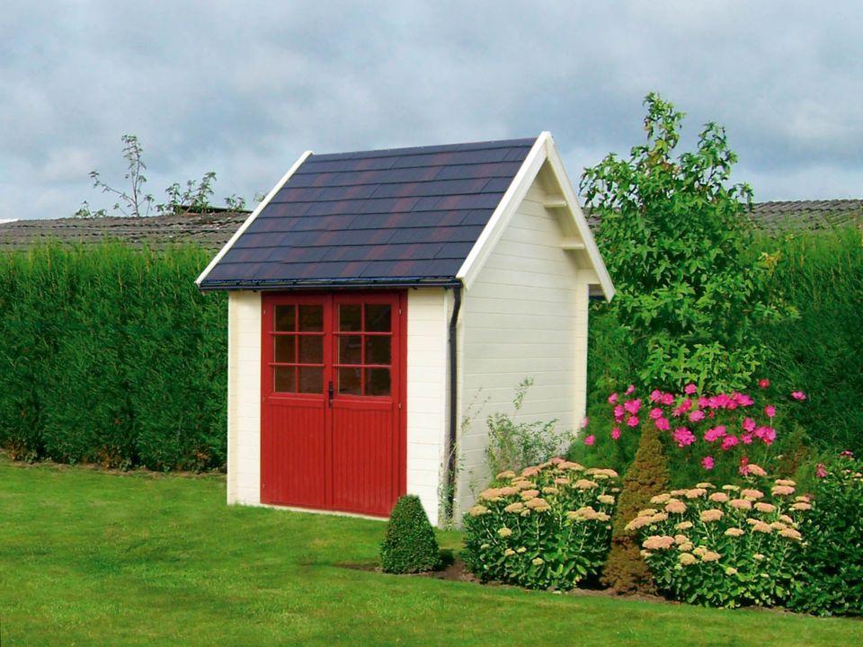 Edwards Keops Cottage steep roof log cabin