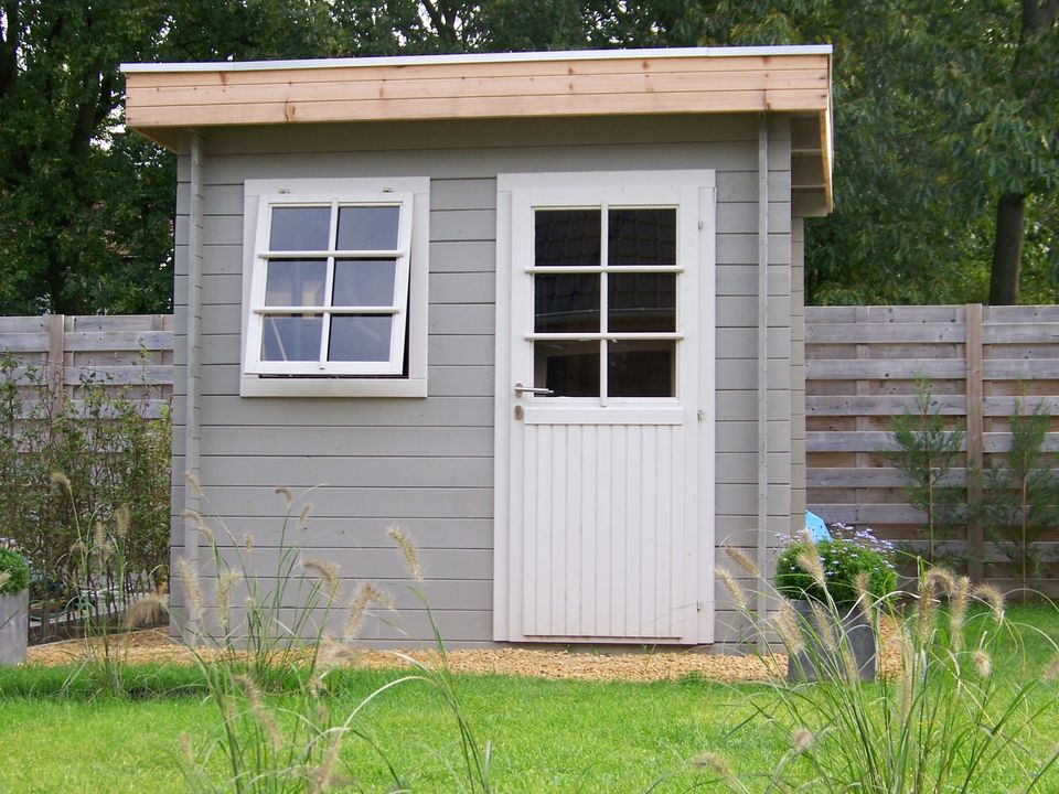 Green Keops Moderna flat roof log cabin