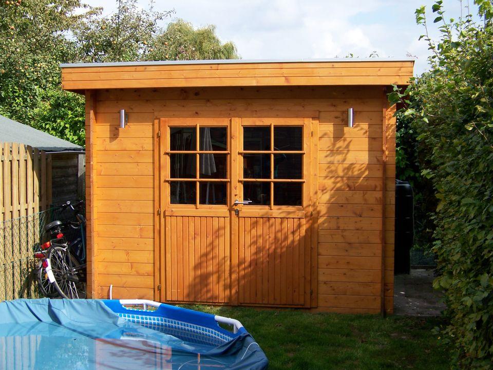 Holman Keops Moderna flat roof log cabin