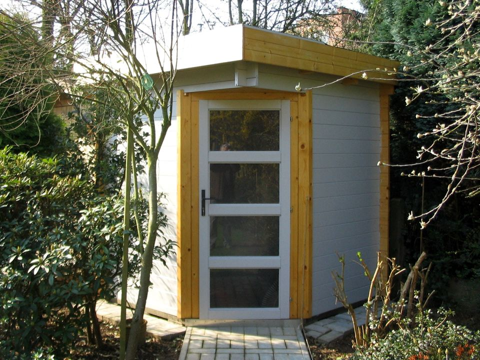 Hughes Keops Moderna flat roof log cabin