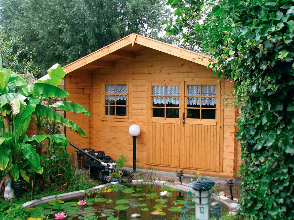 Lilley Classic apex roof log cabin