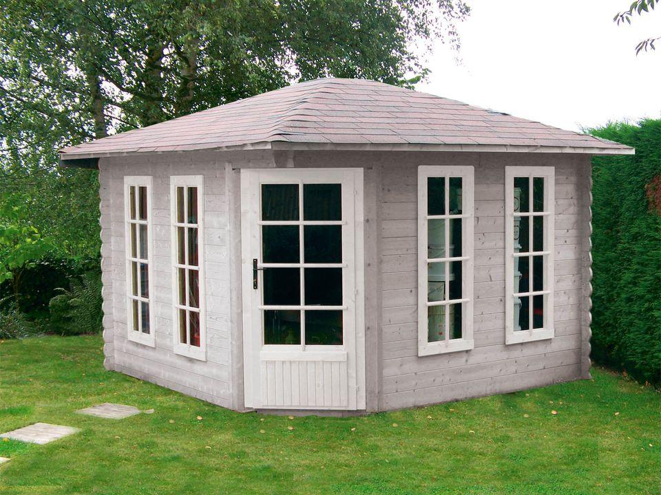 Sallis Keops Penta pyramid roof log cabin
