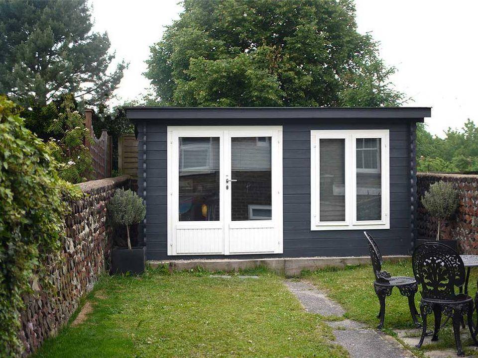 Shuttlewood Classic apex roof log cabin