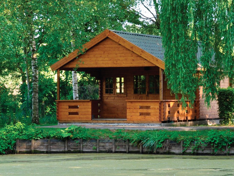 Travis Classic apex roof log cabin