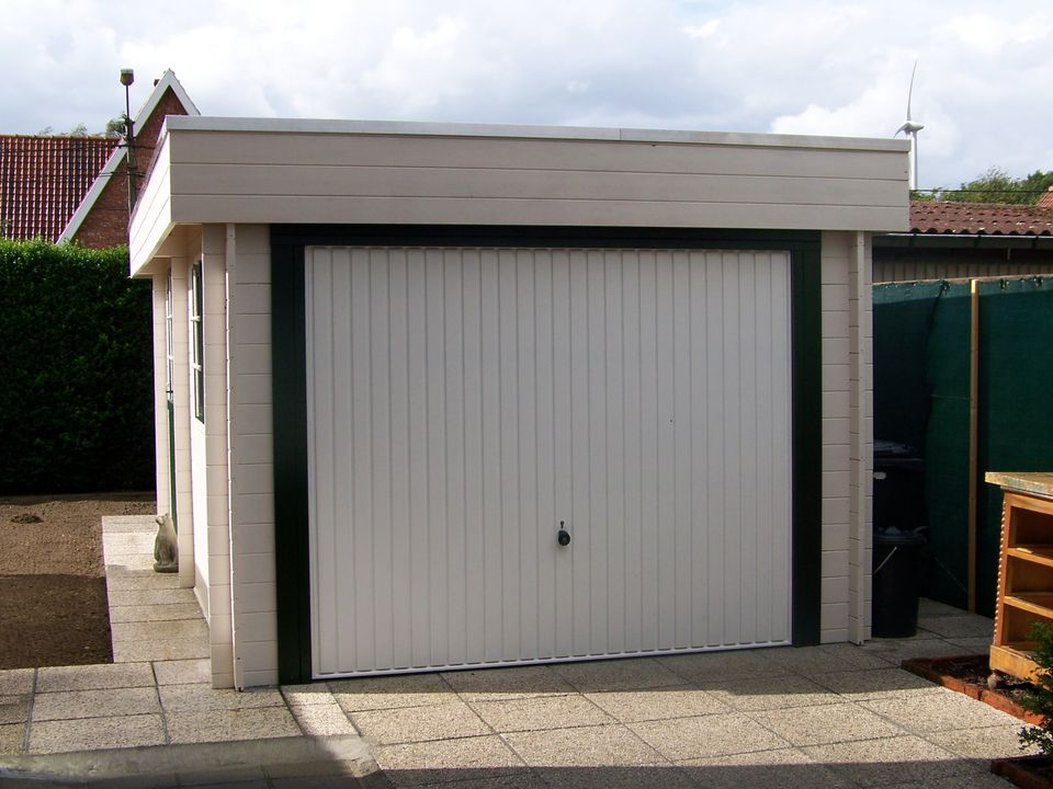 Burton Keops Moderna flat roof single garage