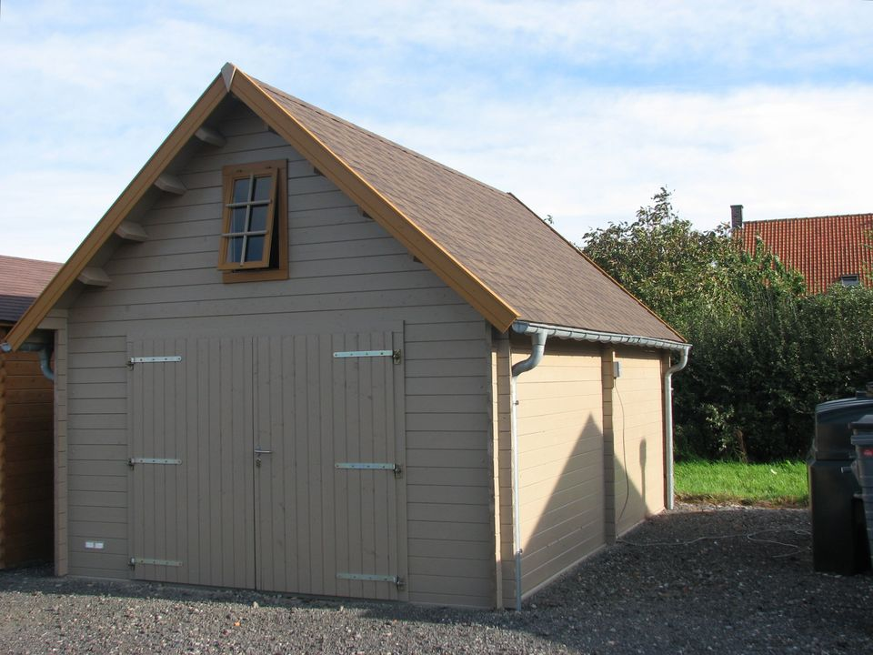 Peacock Keops steep roof timber single garage