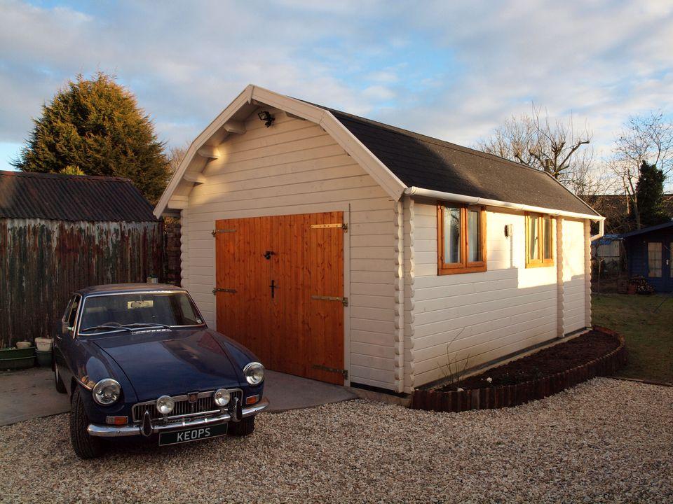 Carter Keops Dutch roof single garage workshop