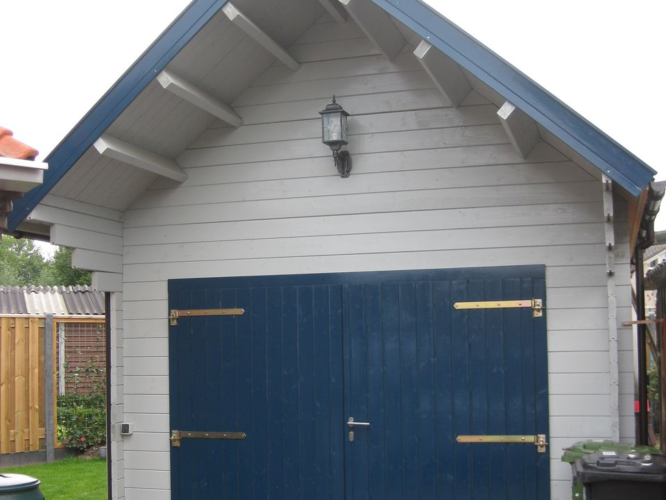 Worrall Keops steep roof timber single garage