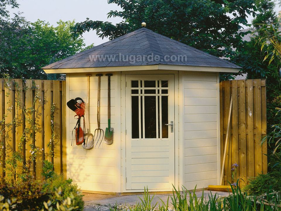Lugarde Prima Fifth Avenue summerhouse 180