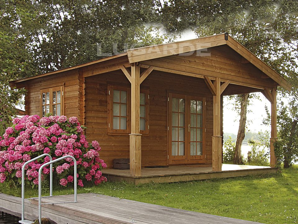 Lugarde Naples log cabin