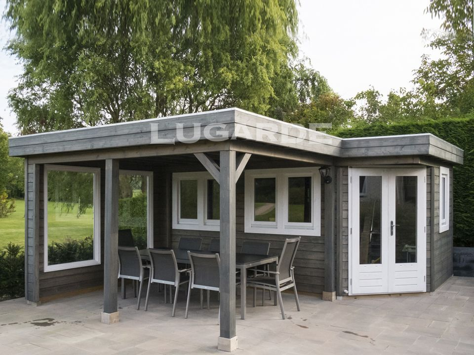 Lugarde Prima Logan flat roof summerhouse with corner door