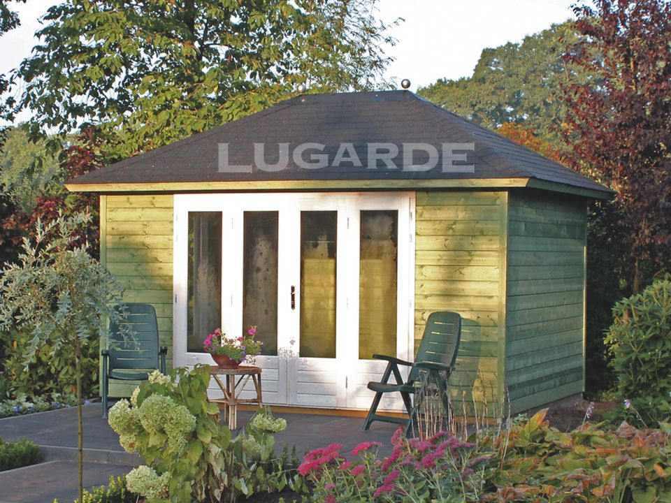 Lugarde Prima Madeline pyramid roof summerhouse