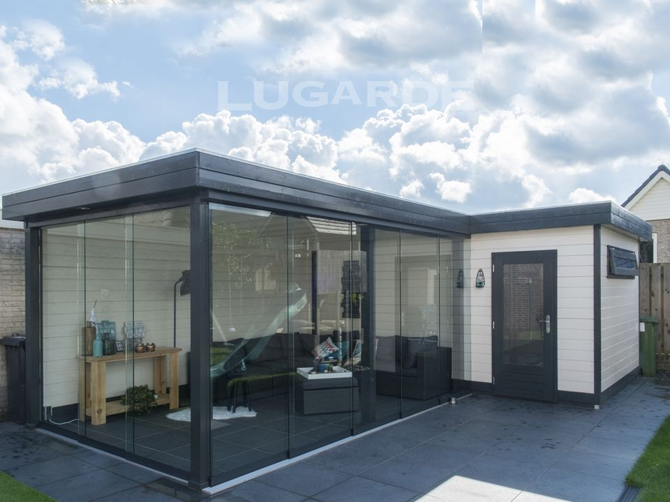 Lugarde Prima Sofia flat roof summerhouse with glass wall doors