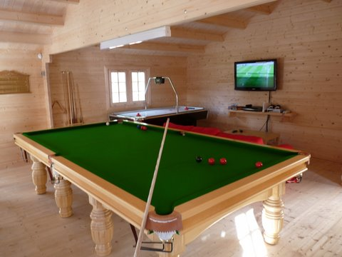 Play pool in your garden!