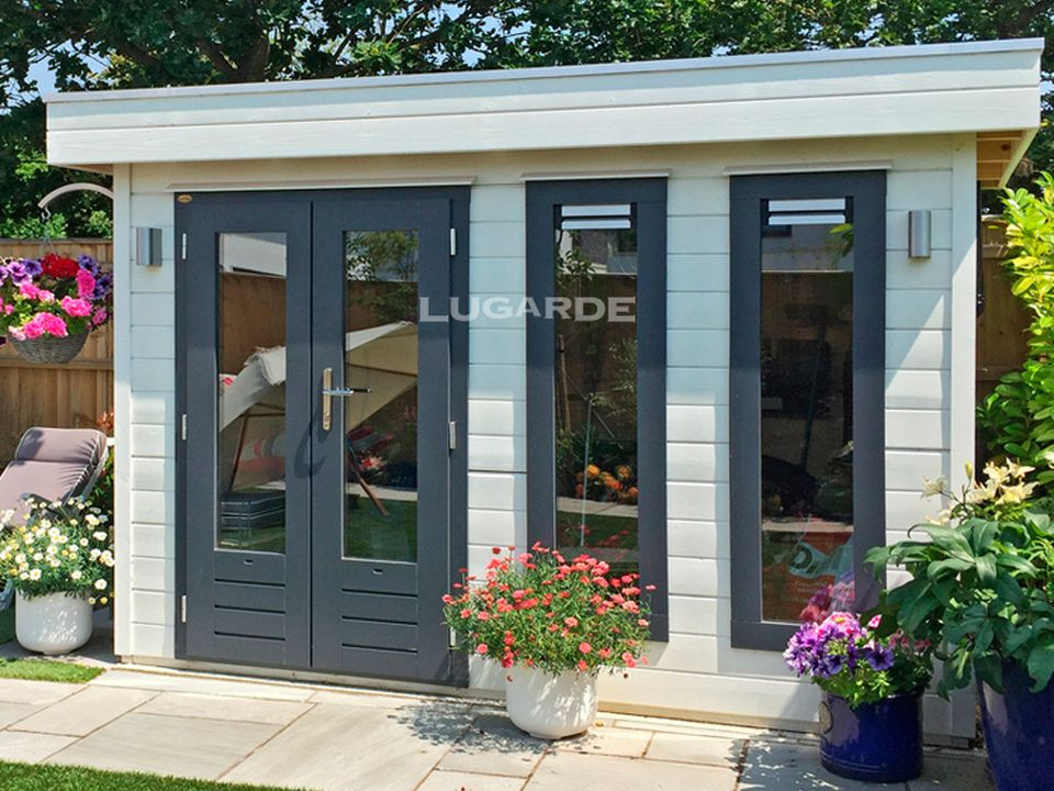 Lugarde PR2 Millie summerhouse with flat roof
