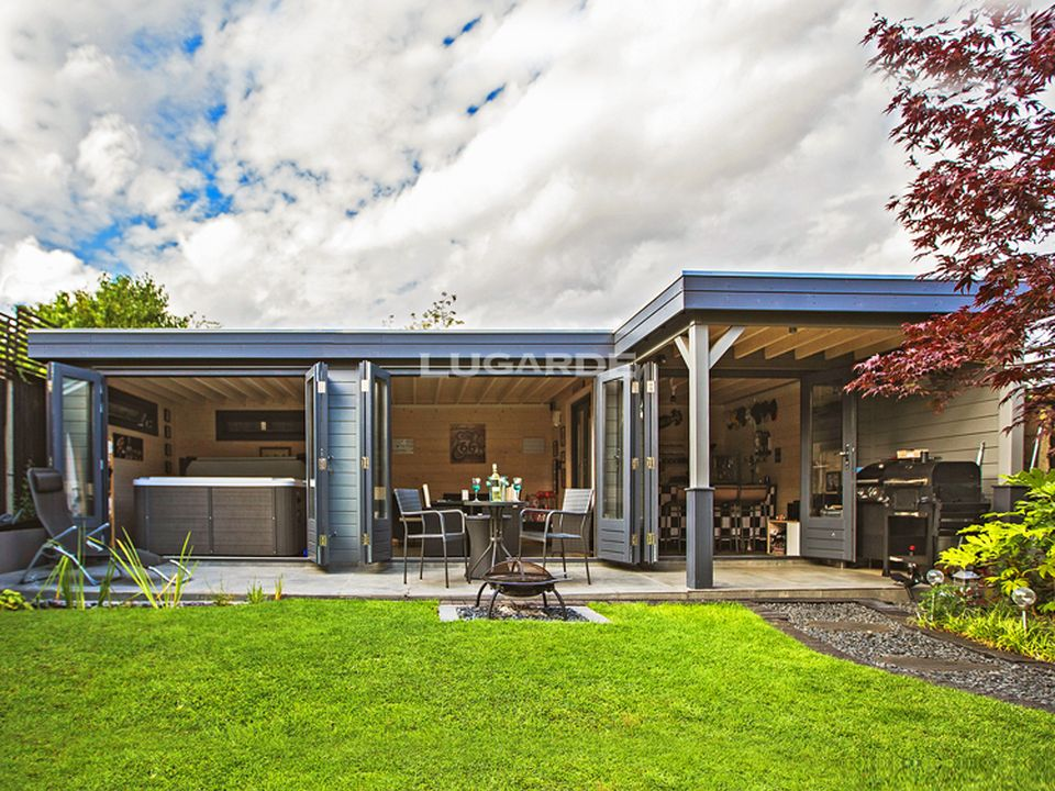 The Lugarde Prima Brandon PR42 flat roof summerhouse, the ultimate in entertaining space