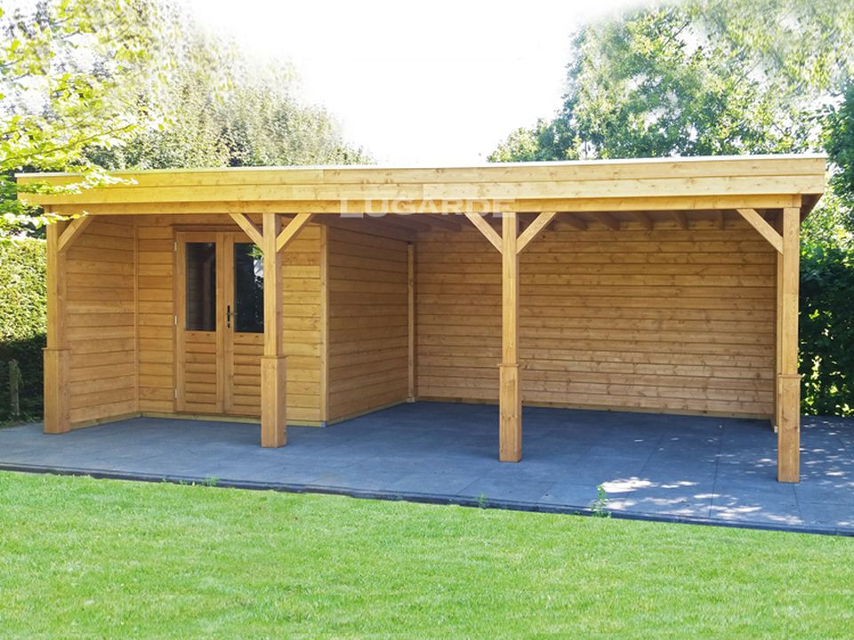 Lugarde Prima PR45 flat roof summerhouse with decorative posts