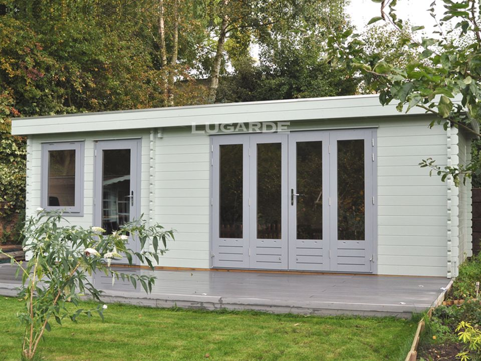 Lugarde Tours B64 flat roof log cabin with 2 rooms