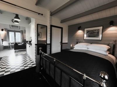 Keops Rosefinch caravan mobile home interior bedroom