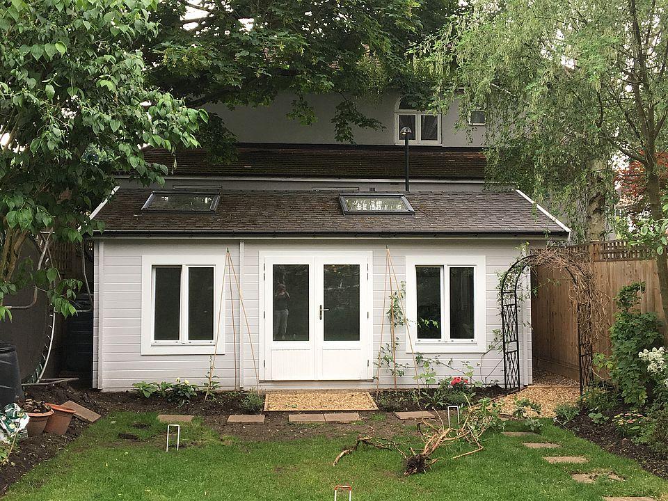 Keops Classic yoga studio log cabin