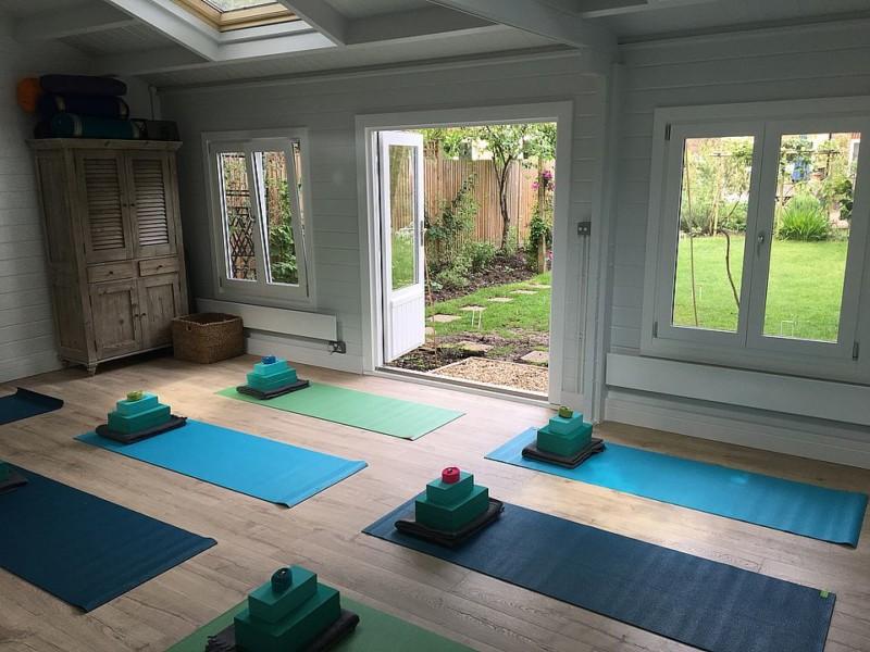 Keops Classic yoga studio log cabin interior