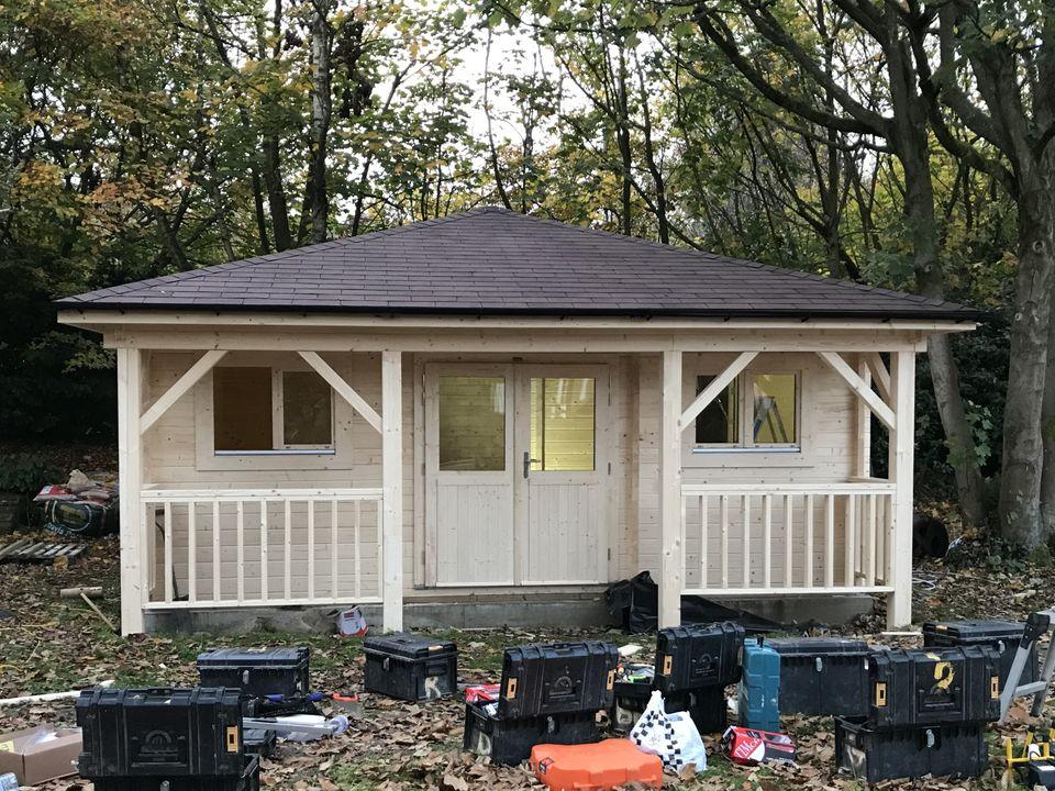 Keops Interlock log cabin similar to 'Mrs Guy's'