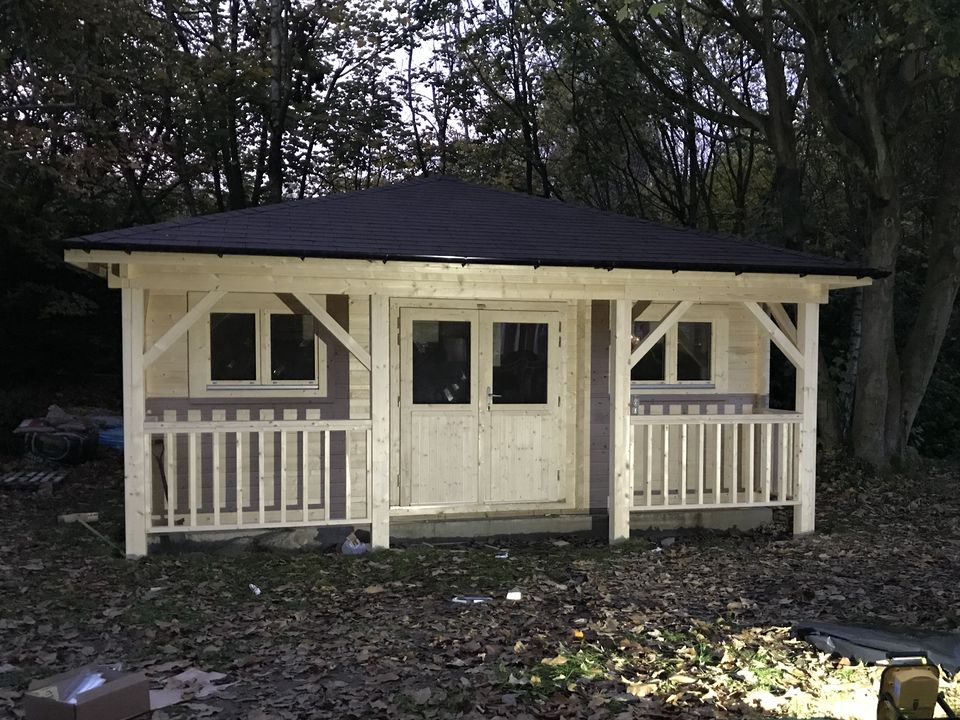 Keops Interlock 6m x 4.85m pyramid hipped roof log cabin