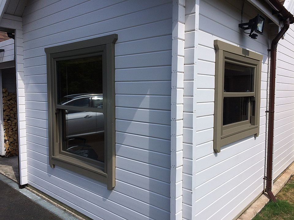 Sash windows for Keops Log Cabins