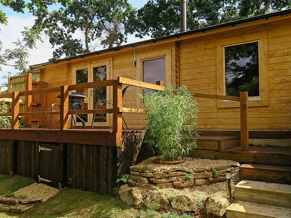 Keops Interlock Pipit caravan mobile homes at Alverstone Ponds, Isle of Wight