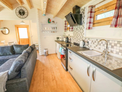 Keops Pipit mobile home kitchen