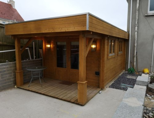 Gain extra living space with a log cabin house extension