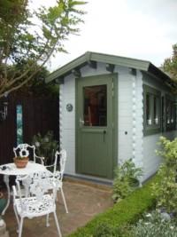 Log cabin art studio- perfect for a corner of the garden
