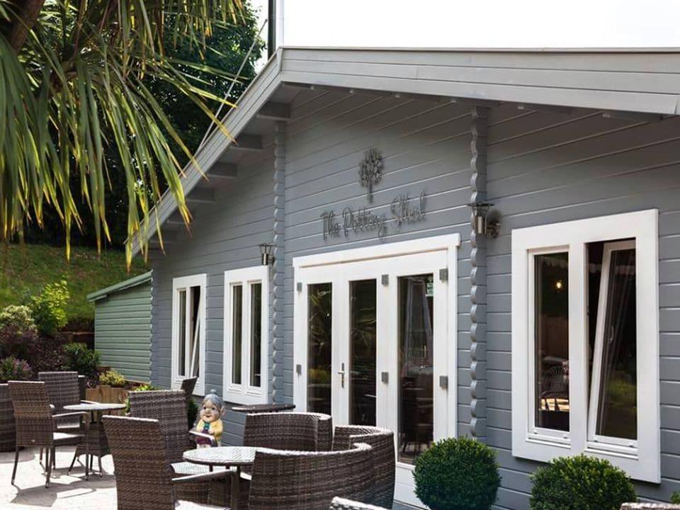 Singletons Nursery - Log Cabin restaurant