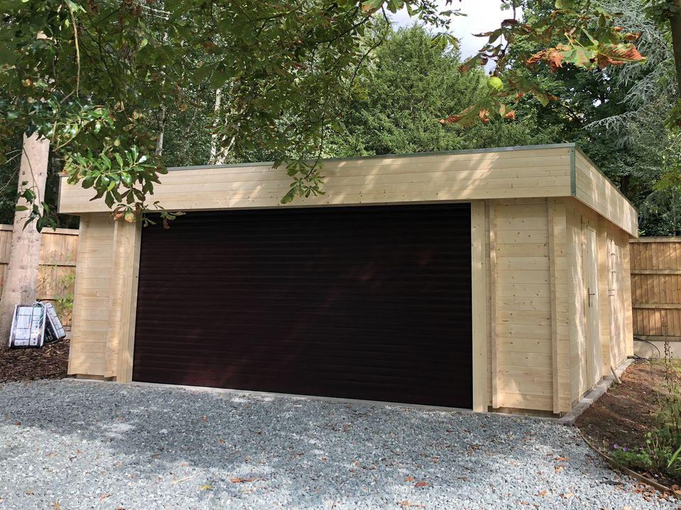 Keops Elmes Moderna garage